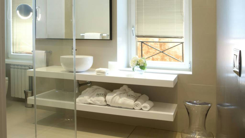 hotel-mood44-rome-exclusive-suite-bathroom-spagna-1