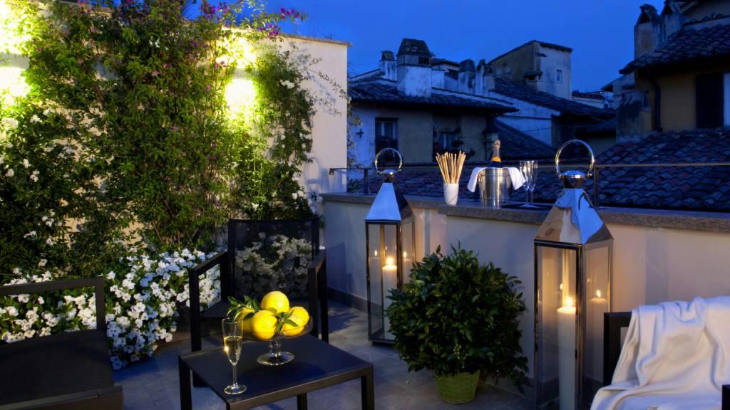 hotel-mood44-rome-exclusive-suite-terrace-1