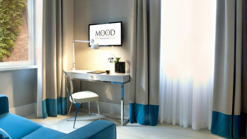 hotel-mood44-rome-exclusive-suite-rooms-spagna-1