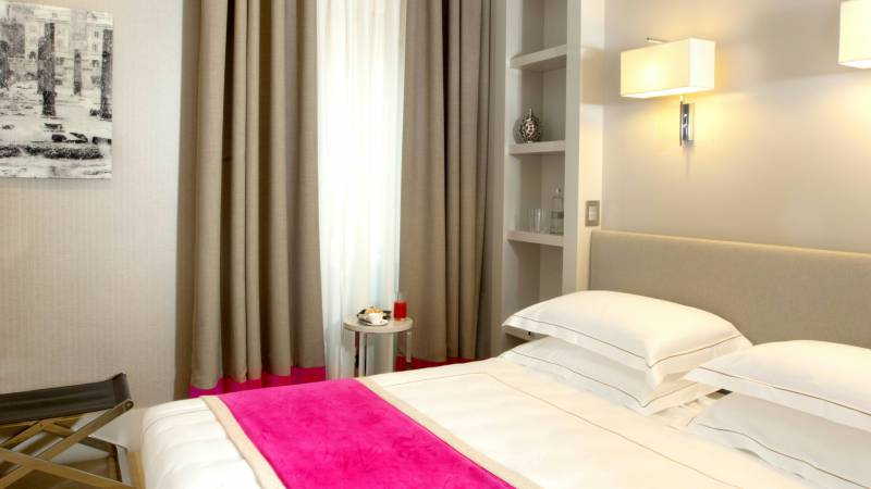 hotel-mood44-rome-exclusive-suite-chambres-spagna-9
